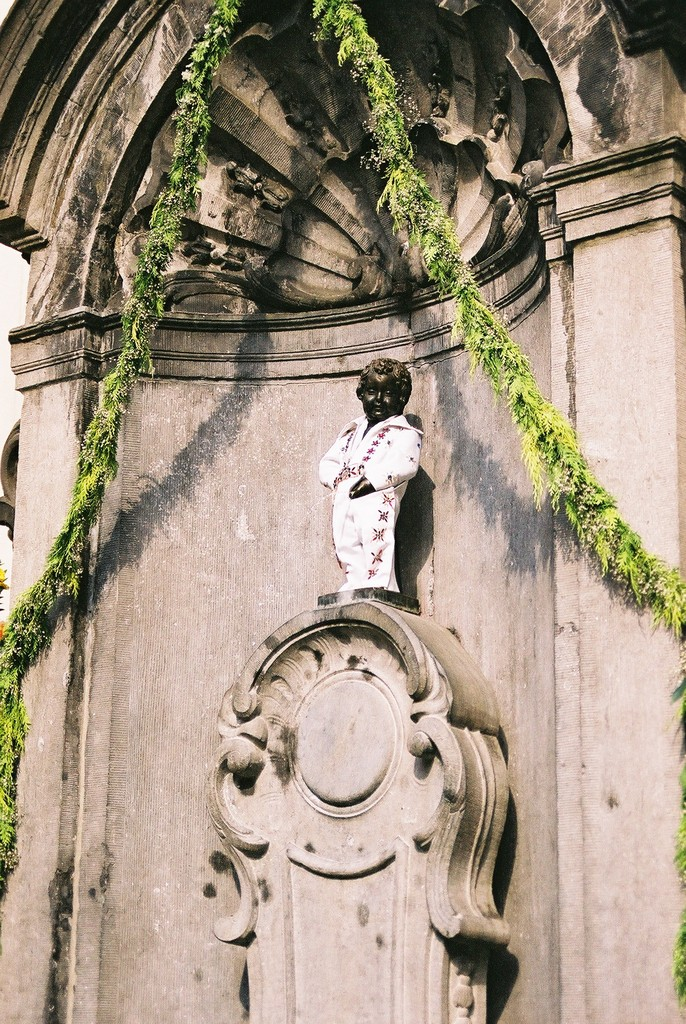The Manneken Pis is Elvis
